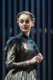 helena-wilson-mariana-in-measure-for-measure-at-the-donmar-warehouse-directed-by-josie-rourke-designed-by-peter-mckintosh.-photo-manuel-harlan-112