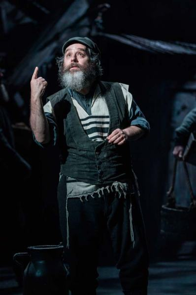 Fiddler-on-the-Roof-West-End-Musical-Tevye