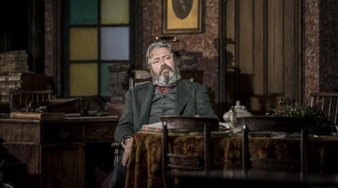 roger_allam_in_rutherford_and_son_by_githa_sowerby._image_by_johan_persson