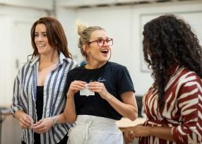 Ashley-Roberts-in-rehearsal-for-Waitress.-Credit-Helen-Maybanks-4