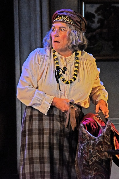 Theatre Royal Bath June 2019 Blithe Spirit by Noel Coward Directed by Richard Eyre Designed by Anthony Ward Lighting Designer Howard Harrison Jennifer Saunders as Madame Arcati Geoffrey Streatfeild as Charles Condomine Lisa Dillon as Ruth Condomine Emma Naomi as Elvira Simon Coates as Dr Bradman Lucy Robinson as Mrs Bradman Rose Wardlaw as Edith ©Nobby Clark +44(0)7941515770 nobby@nobbyclark.co.uk