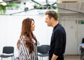 Lucie-Jones-and-David-Hunter-in-rehearsal-for-Waitress.-Credit-Helen-Maybanks