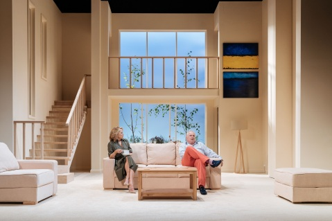 Felicity-Kendal-and-Rupert-Vansittart-in-The-Argument-at-Theatre-Royal-Bath.-Credit-Manuel-Harlan (1)