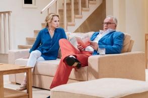 Felicity-Kendal-and-Rupert-Vansittart-in-The-Argument-at-Theatre-Royal-Bath.-Credit-Manuel-Harlan-2