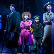 joseph-millson-amy-griffiths-and-company-in-mary-poppins